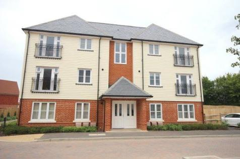Scholars Walk, Horsham. 1 bedroom flat