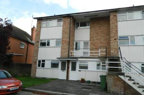 Ringley Oak, Horsham. 1 bedroom flat