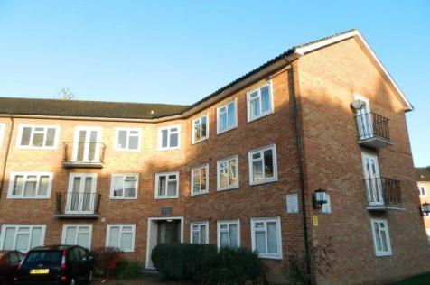 20 Pelham Court. 1 bedroom flat