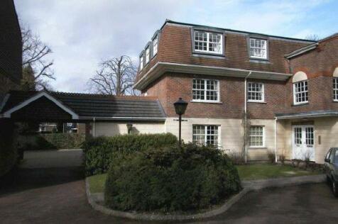 Greenacres, Horsham. 1 bedroom flat