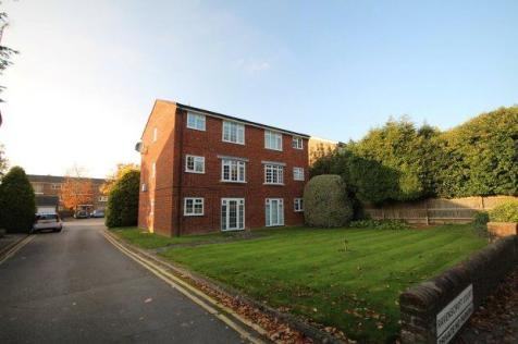 Ravenscroft Court, Horsham. 1 bedroom flat