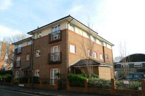 Barrington Court, Horsham. 2 bedroom flat