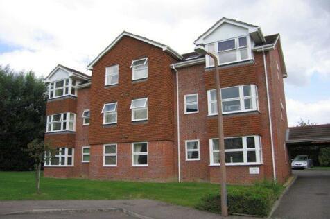 Bowes Close, Horsham. 2 bedroom flat