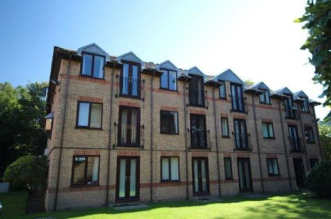 Westlands, Horsham. 1 bedroom flat
