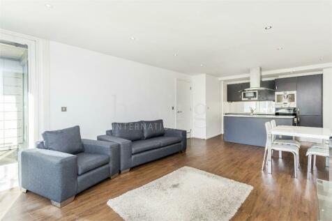 18 Western Gateway, Royal Victoria Docks. 2 bedroom apartment