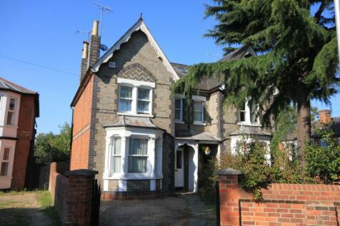 Erleigh Road, Reading, RG1. 4 bedroom semi-detached house