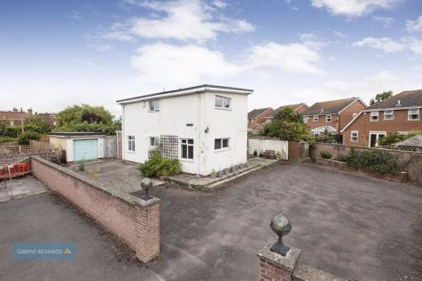 Wembdon Road, Bridgwater. 4 bedroom detached house for sale
