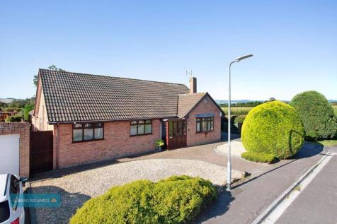 Merridge Close, Bridgwater. 3 bedroom detached bungalow for sale