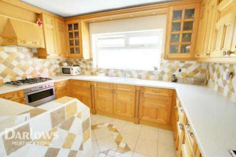 Mount Pleasant, Heolgerrig, Merthyr Tydfil. 4 bedroom detached bungalow for sale