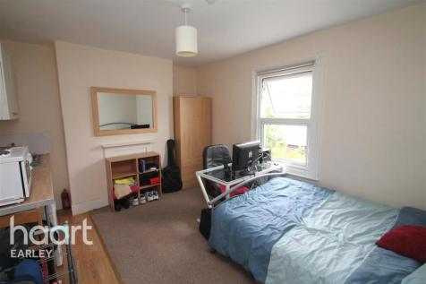 Battle Street, Reading, RG1 7NU. 1 bedroom flat