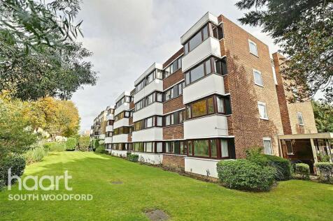 Glenwood Court, South Woodford, E18. 2 bedroom flat