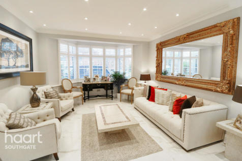 Winchmore Hill Road, London property