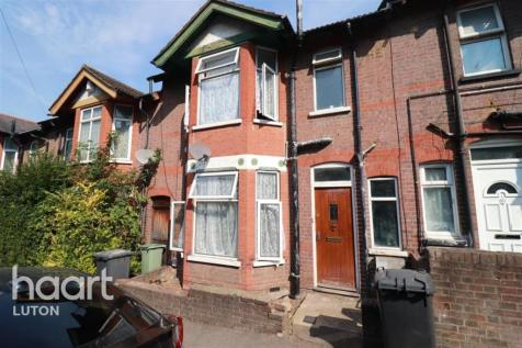 Russell Rise, Luton. 4 bedroom terraced house