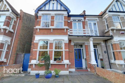 Beacontree Avenue, London. 4 bedroom semi-detached house for sale