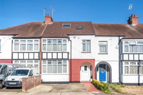 Parkfield Avenue, Hillingdon, Middlesex, UB10. 4 bedroom terraced house