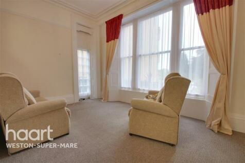 Eastfield Park, BS23. 2 bedroom flat