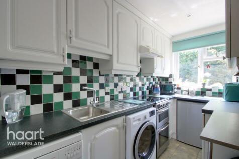 Hamelin Road, Gillingham. 1 bedroom maisonette