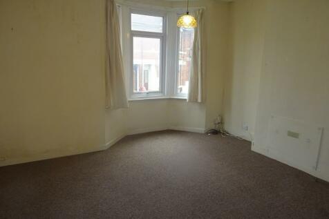 Richmond Road, Gillingham, Kent. ME7 1LL. 1 bedroom flat