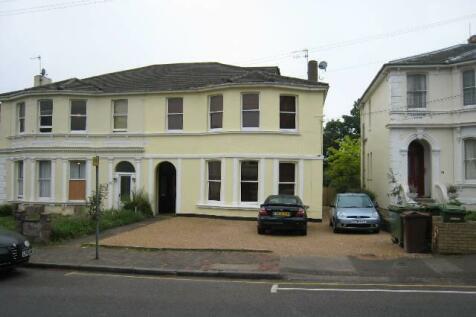 Upper Grosvenor Road, Tunbridge Wells, Kent. 1 bedroom flat