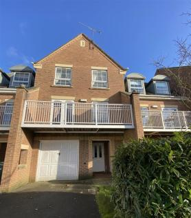 Rodyard Way, Coventry. 4 bedroom town house for sale