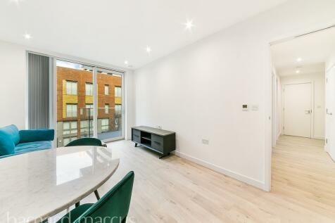 Woodberry Grove, LONDON. 2 bedroom flat