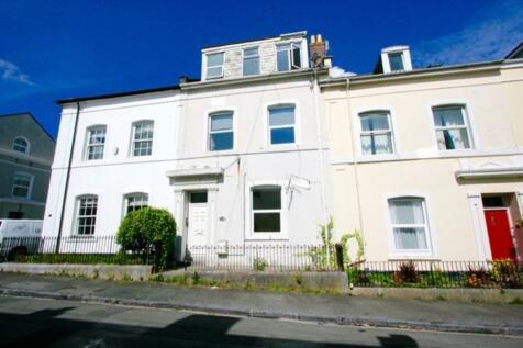 Park Street, Stoke, Plymouth. Studio flat