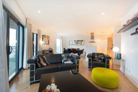 Sydenham Road, East Croydon, CR0, London - Flat / 2 bedroom flat for sale / £400,000