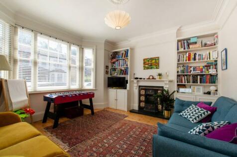 Vincent Road, Croydon, CR0. 4 bedroom semi-detached house