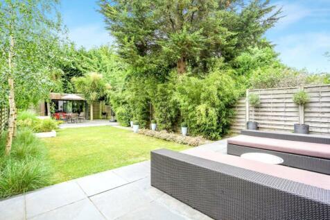 Northampton Road, Croydon, CR0. 3 bedroom house for sale