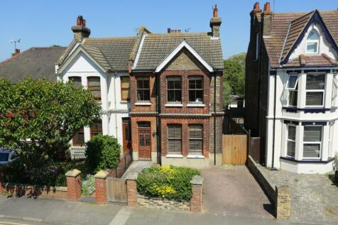 Lloyd Road, Broadstairs. 5 bedroom semi-detached house