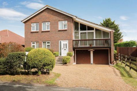 Dibles Road, Warsash. 4 bedroom detached house