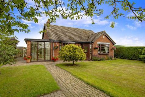 West Bank, Saxilby, Lincoln. 3 bedroom detached bungalow for sale