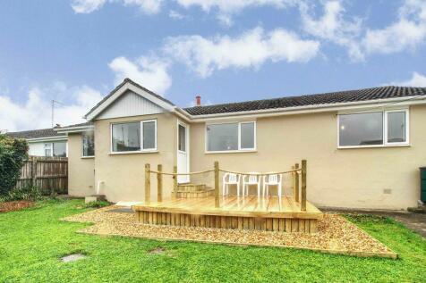 Fairacre Avenue, Barnstaple EX32 9DF. 3 bedroom detached bungalow for sale