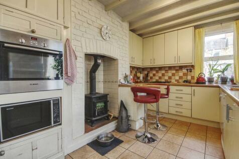 Victoria Street, Barnstaple EX32 9JD. 4 bedroom terraced house for sale