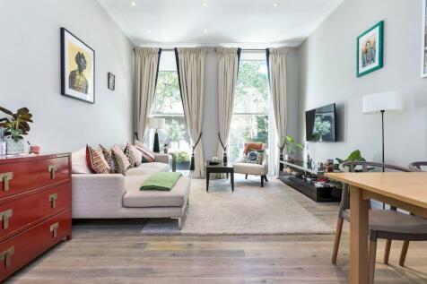 Ashburn Gardens, London, SW7. 3 bedroom apartment