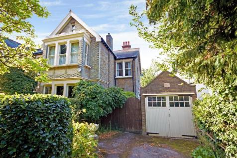 Grove Road, Sutton. 6 bedroom semi-detached house