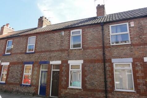 Diamond Street, The Groves. 3 bedroom house share