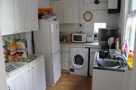 Heworth Place, Heworth. 3 bedroom terraced house