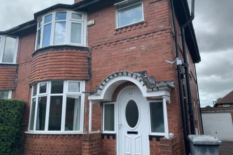 Kexby Avenue, Hull Road. 4 bedroom semi-detached house