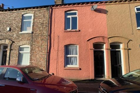Newborough Street, Burton Stone Lane. 3 bedroom terraced house