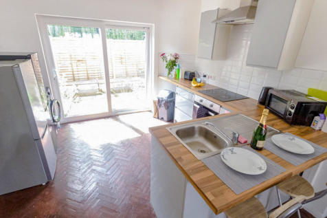 Westleigh Road, Leicester. 4 bedroom terraced house
