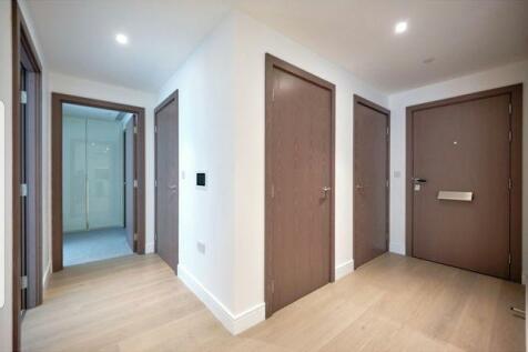 Tierney Lane, London, W6. 2 bedroom flat
