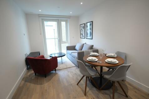 Juniper Drive, London, SW18. 1 bedroom flat