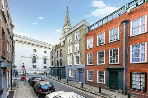 Wilkes Street, London, E1. 3 bedroom terraced house