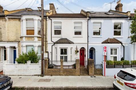 Cobbold Road, London, W12. 3 bedroom terraced house