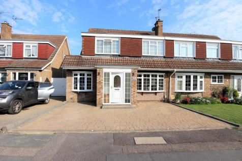 Perrysfield Road, Cheshunt, Hertfordshire.. 4 bedroom semi-detached house for sale