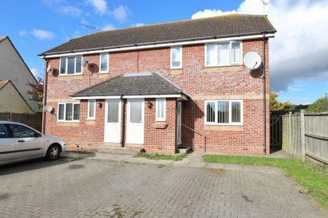 Takeley, near Stansted Airport, Herts.. 2 bedroom maisonette