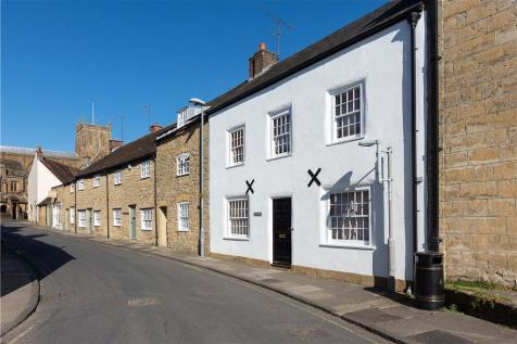 Westbury, Sherborne. 3 bedroom terraced house