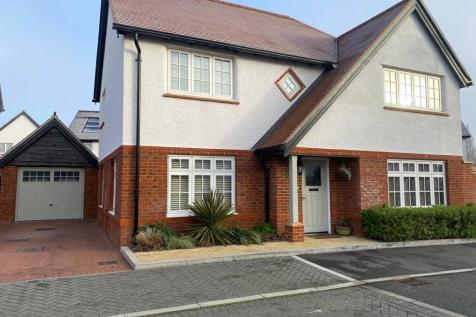 Nevinson Way, Waterlooville, Hampshire. 4 bedroom detached house for sale
