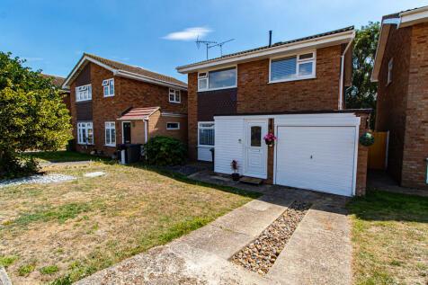 Victoria Drive, Great Wakering, Essex. 4 bedroom detached house